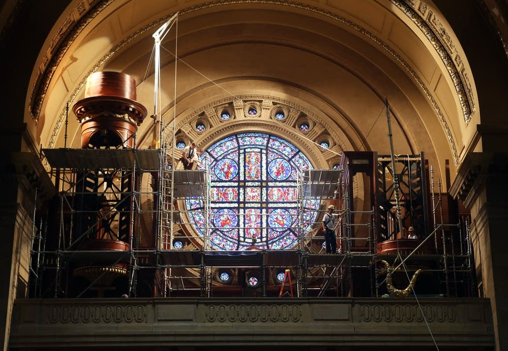 Cathedral of St. Paul's new, mighty pipe organ